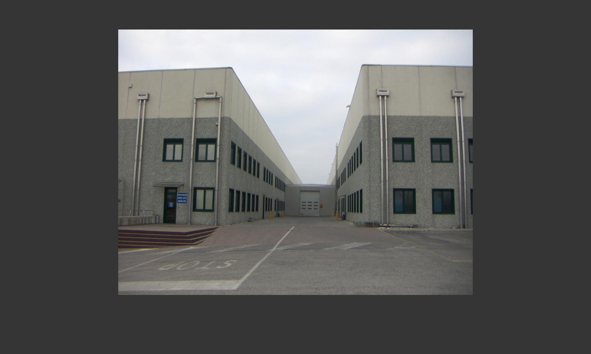 costruzione complesso industriale